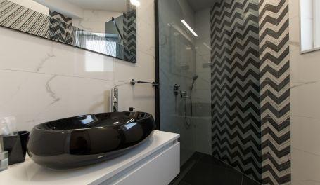 Hot Tub apartment Colis