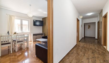 City center apartment Dolore I