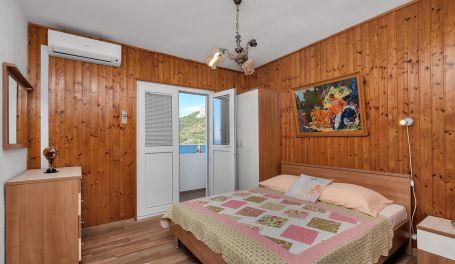 Apartman uz plazu Maria IV